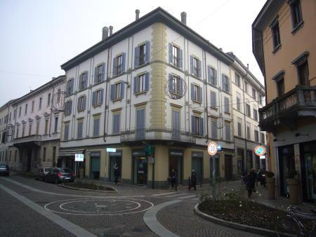Appartamento in Vendita a Monza: 2 locali, 51 mq