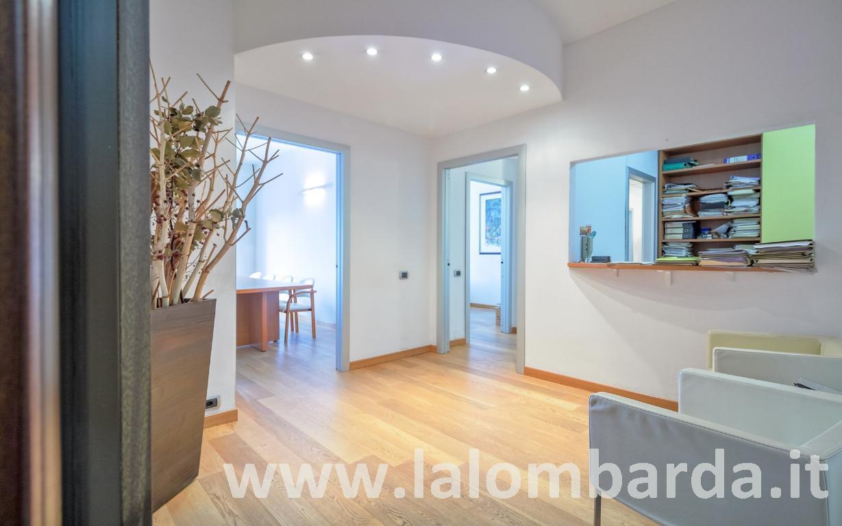 Appartamento in Vendita a Monza:  5 locali, 199 mq  - Foto 1
