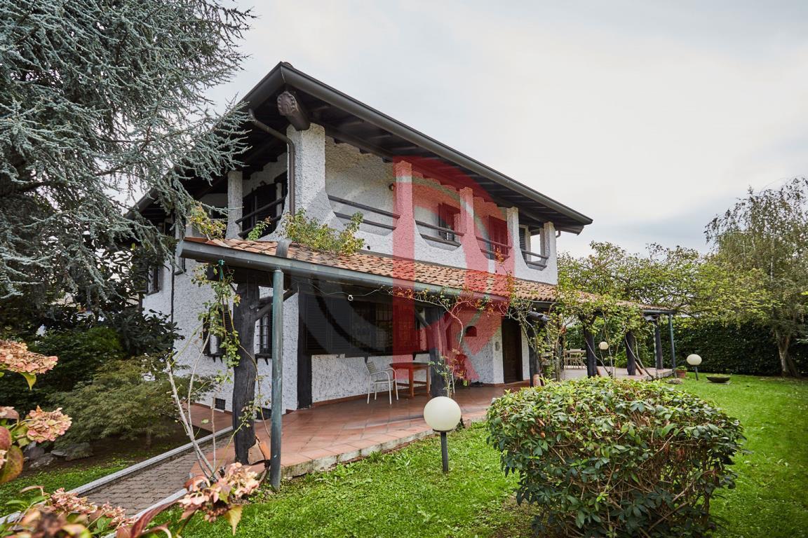 Villa in Vendita a Trezzano Sul Naviglio: 5 locali, 360 mq