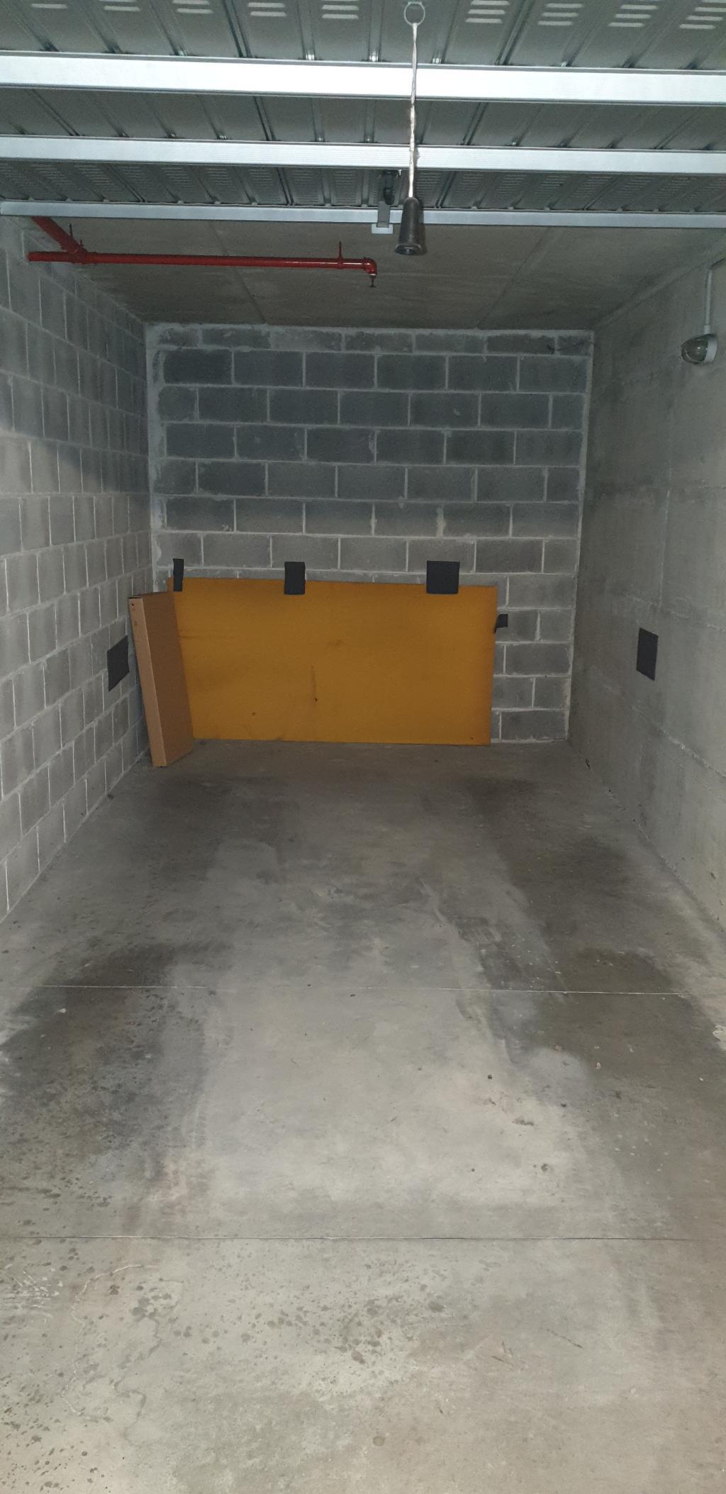 Box in vendita - 18 mq