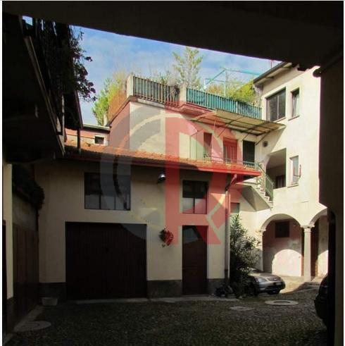 Appartamento in Vendita a Morazzone: 3 locali, 60 mq
