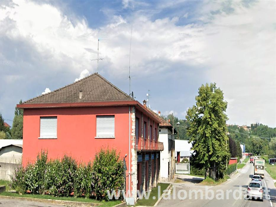 Palazzo in Vendita a Inverigo: 5 locali, 400 mq