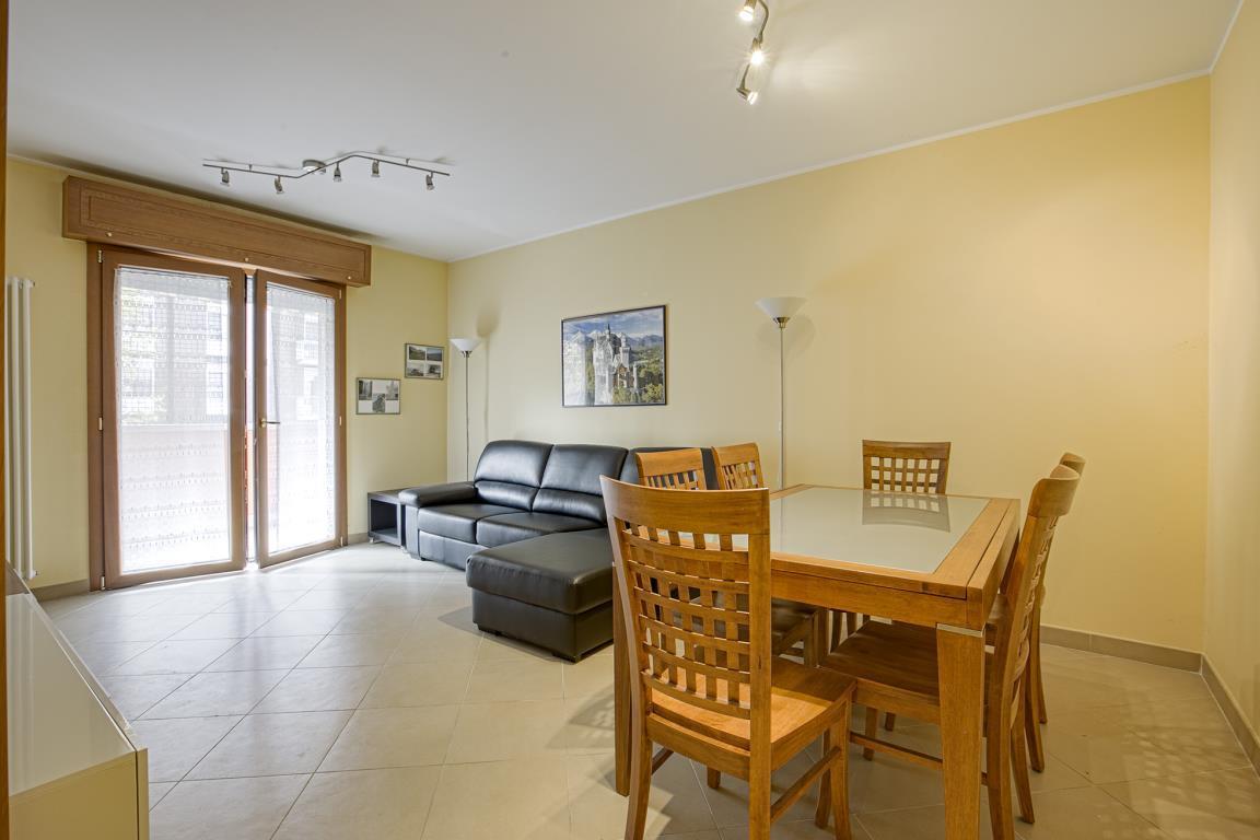 Appartamento in Vendita a San Donato Milanese: 2 locali, 79 mq