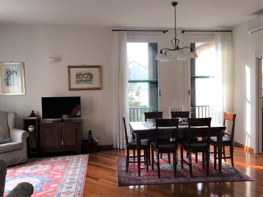 Appartamento in Vendita a Monza:  5 locali, 188 mq  - Foto 1