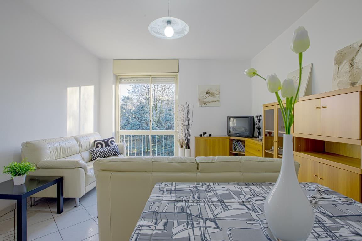 Appartamento in Vendita a San Donato Milanese: 4 locali, 104 mq