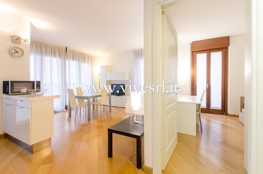 Appartamento in Vendita a Milano 09 Ceresio / Procaccini / Foro Bonaparte: 3 locali, 115 mq