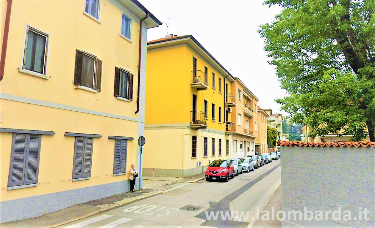 Loft open space in Vendita a Seregno: 2 locali, 78 mq