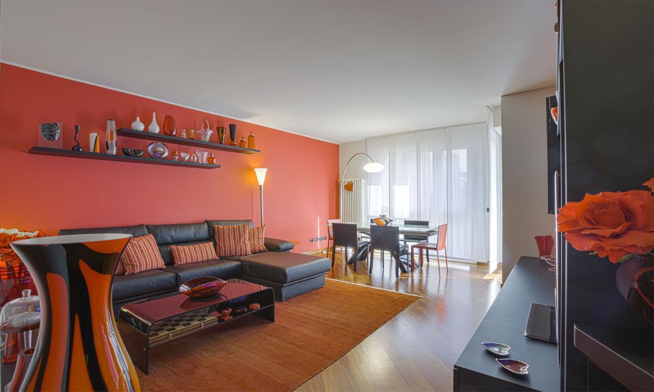 Appartamento in Vendita a San Donato Milanese: 3 locali, 99 mq