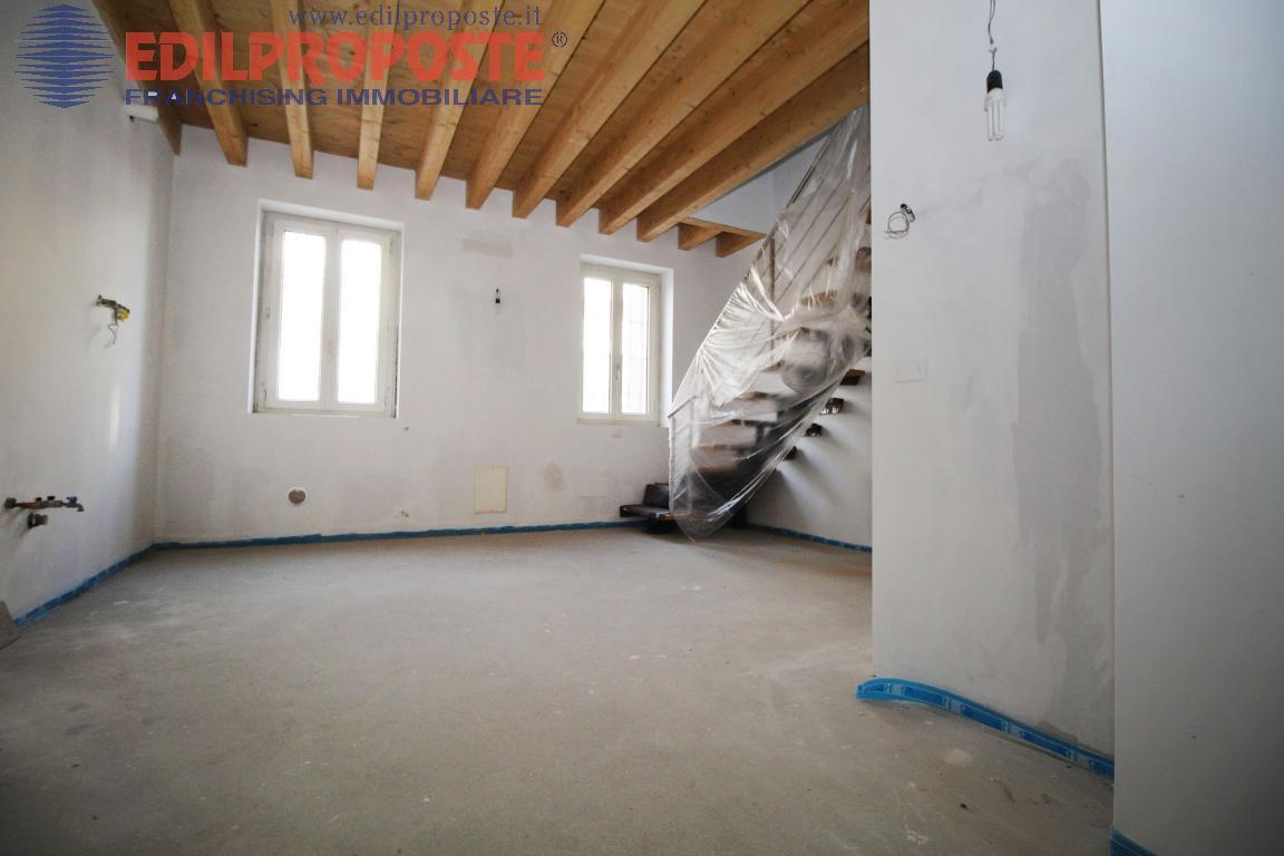 Vendita Trilocale Appartamento Lazzate via Raffaello  195958