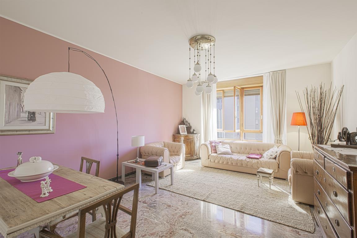 Appartamento in Vendita a San Donato Milanese: 3 locali, 128 mq