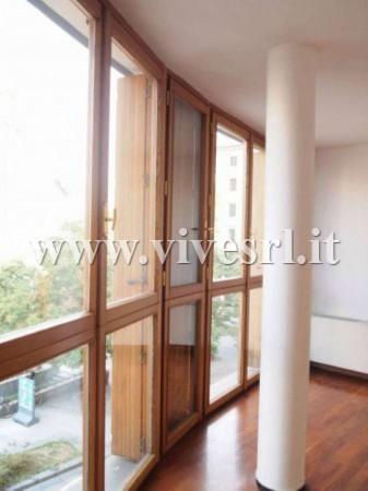 Appartamento in Affitto a Milano: 4 locali, 104 mq