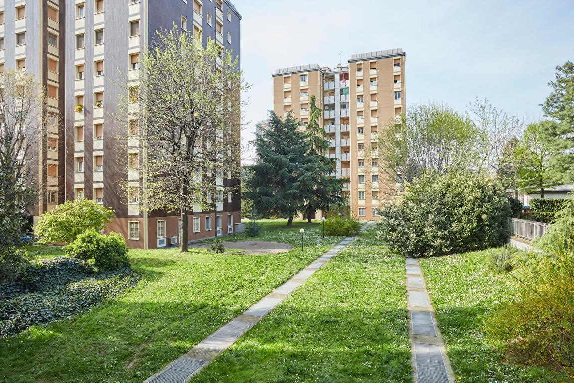 Appartamento in Affitto a Milano 25 Cassala / Famagosta / Lorenteggio / Barona: 3 locali, 90 mq