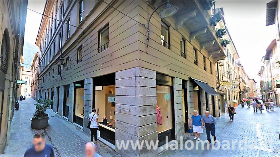 Negozio-locale in Affitto a Como: 1 locali, 12 mq