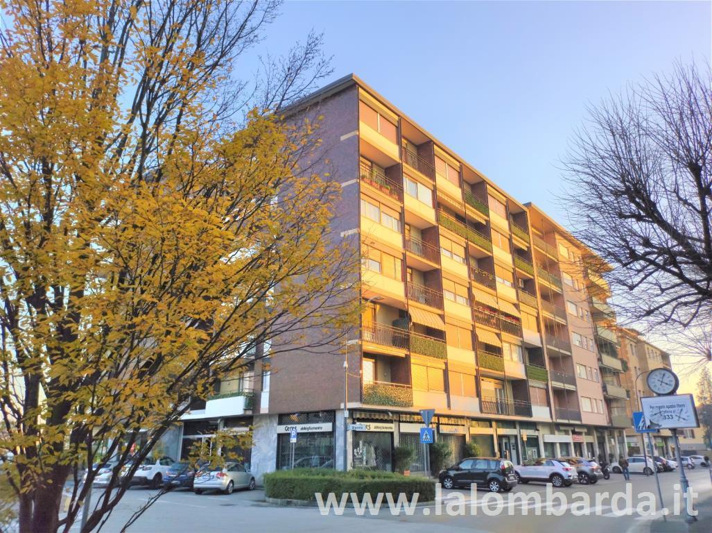Appartamento in Vendita a Erba:  2 locali, 63 mq  - Foto 1