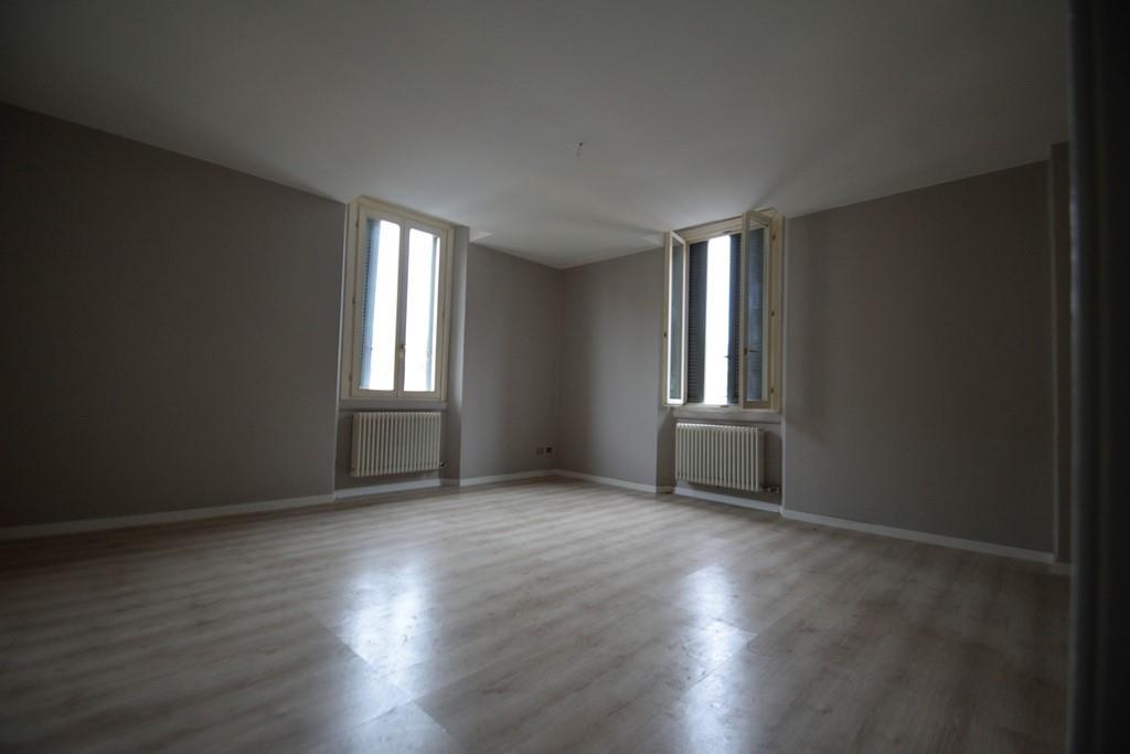 Appartamento in vendita a milano via dei cinquecento 22 for Fontana arredamenti milano via tibaldi