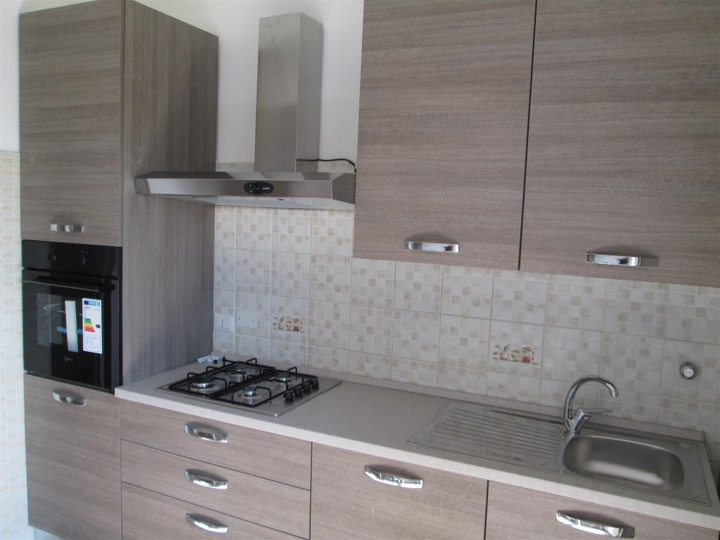 Appartamento in Affitto a Cesano Boscone: 2 locali, 71 mq