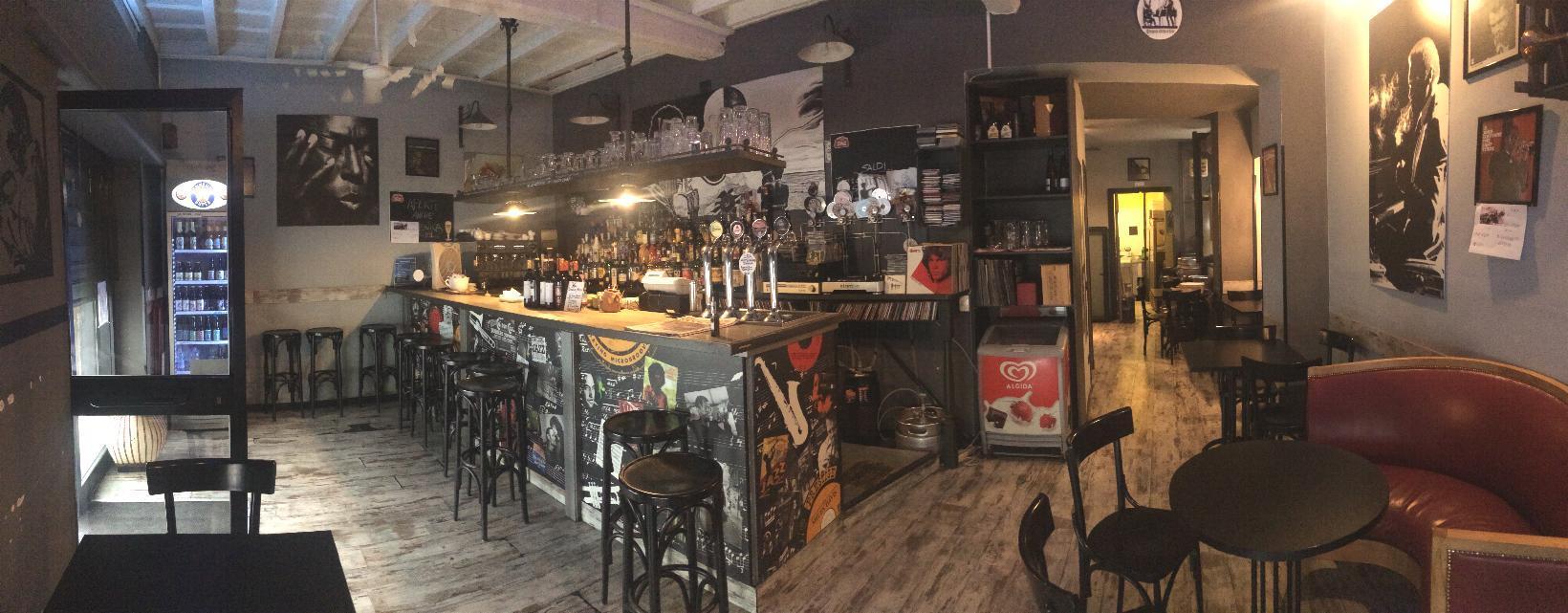 Bar ristorante in Vendita a Monza: 80 mq