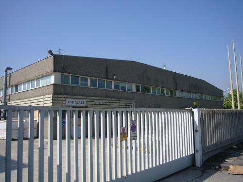 Ufficio-studio in Affitto a Pioltello: 5 locali, 575 mq