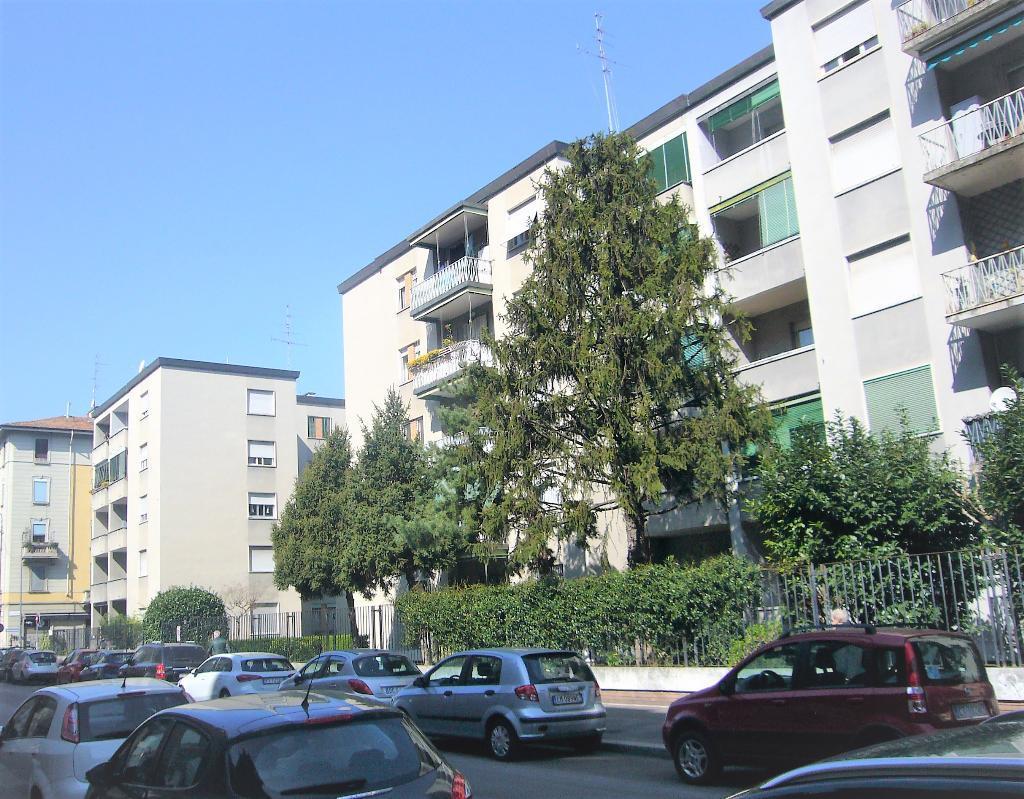 Appartamento in Vendita a Milano 14 Tibaldi / Cermenate / Antonini / Ortles / Bonomelli: 2 locali, 65 mq