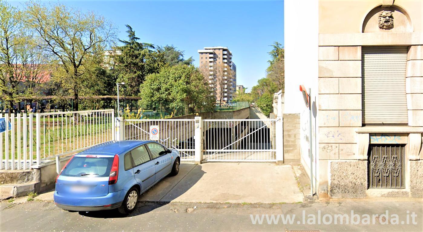Posto-box auto in Vendita a Sesto San Giovanni:  1 locali, 25 mq  - Foto 1