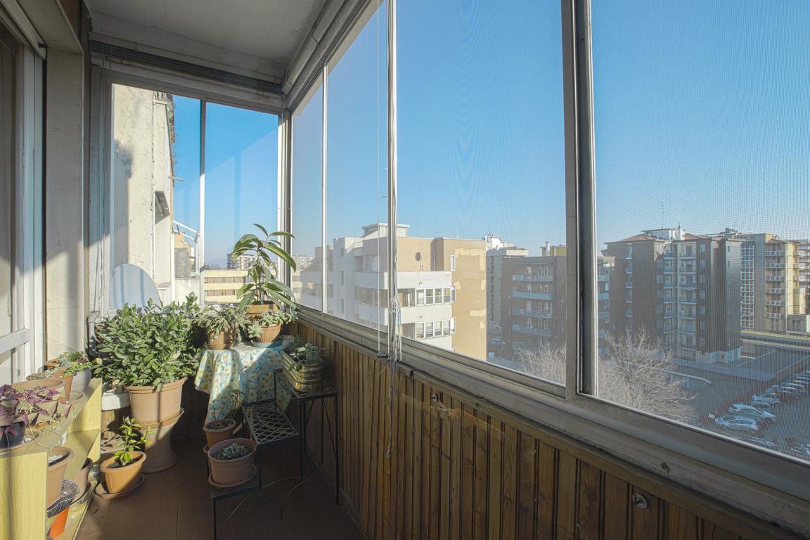 Appartamento in Vendita a San Donato Milanese: 4 locali, 130 mq
