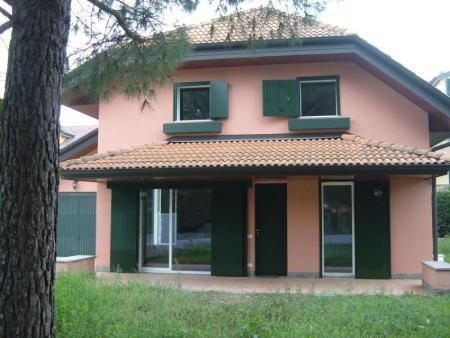 Villa in Vendita a Valera Fratta: 4 locali, 260 mq