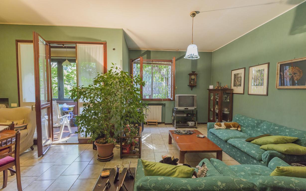 Appartamento in Vendita a San Donato Milanese: 4 locali, 137 mq