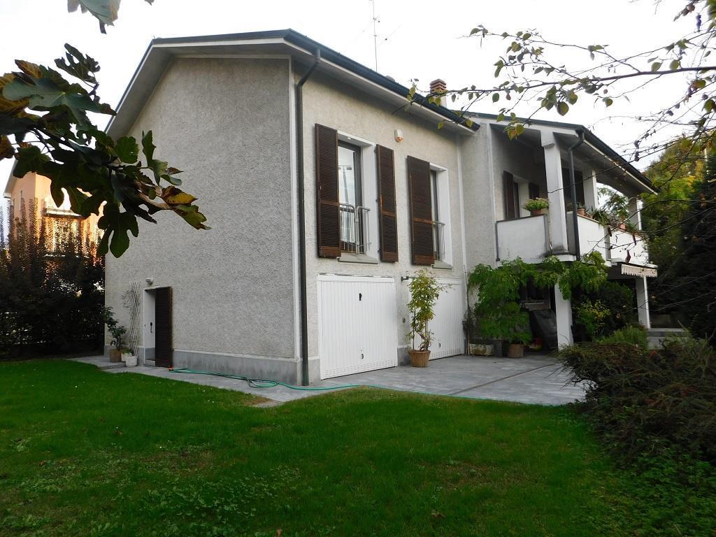 Villa unifamiliare in vendita - 225 mq