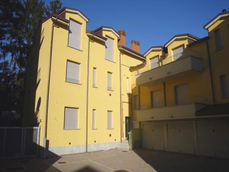 Appartamento in Vendita a Meda: 4 locali, 93 mq