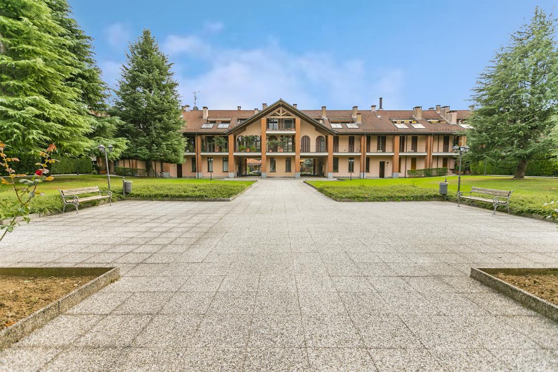 Appartamento in Vendita a Peschiera Borromeo: 1 locali, 55 mq