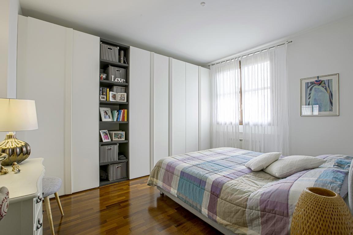 Appartamento in Vendita a San Giuliano Milanese: 5 locali, 155 mq