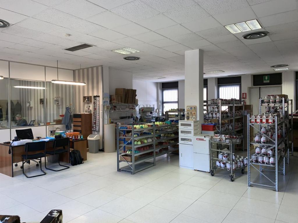 Laboratorio in vendita - 280 mq
