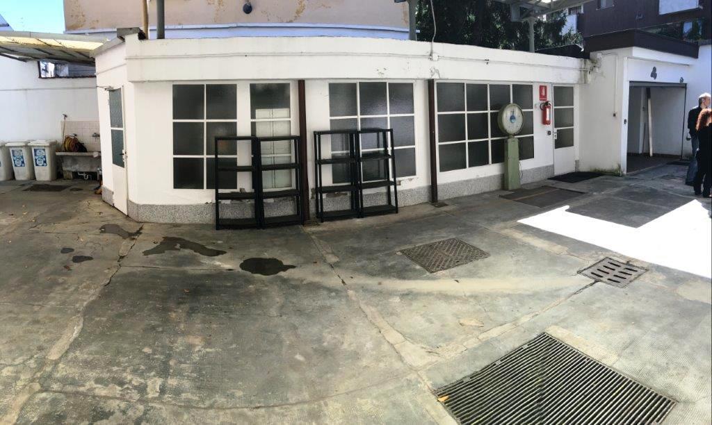 Ufficio studio in vendita a milano casella 16 trovocasa for Ufficio 415 bis milano
