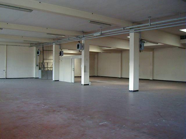 Magazzino in affitto - 812 mq
