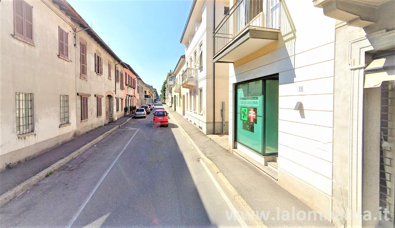 Palazzo in Affitto a Giussano:  5 locali, 360 mq  - Foto 1