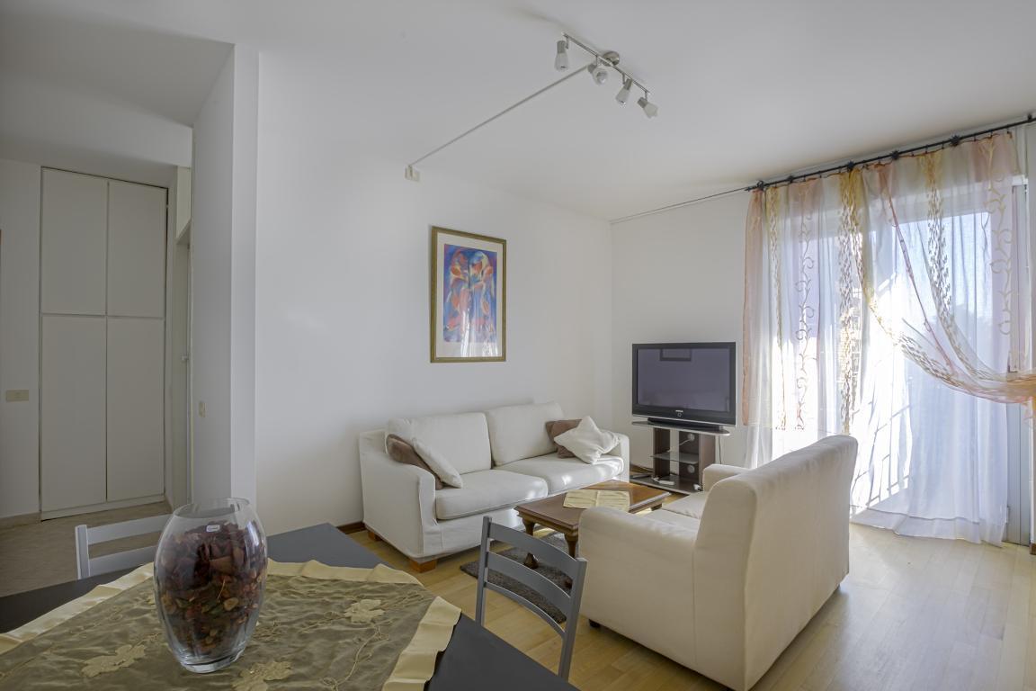 Appartamento in Vendita a San Donato Milanese: 3 locali, 90 mq