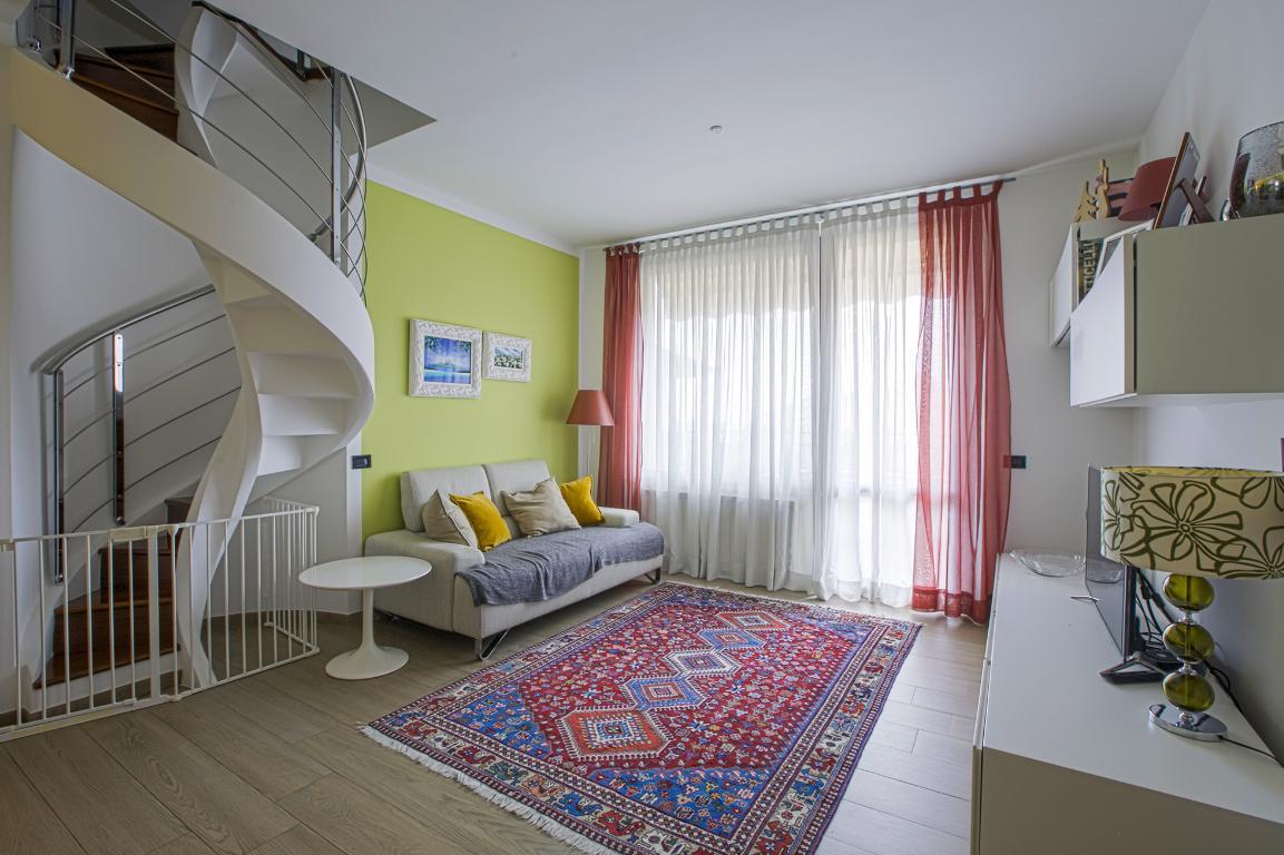 Appartamento in Vendita a San Giuliano Milanese: 4 locali, 155 mq
