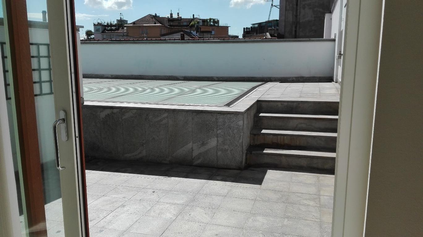 Attico in Affitto a Milano 08 Vercelli / Magenta / Cadorna / Washington: 4 locali, 130 mq