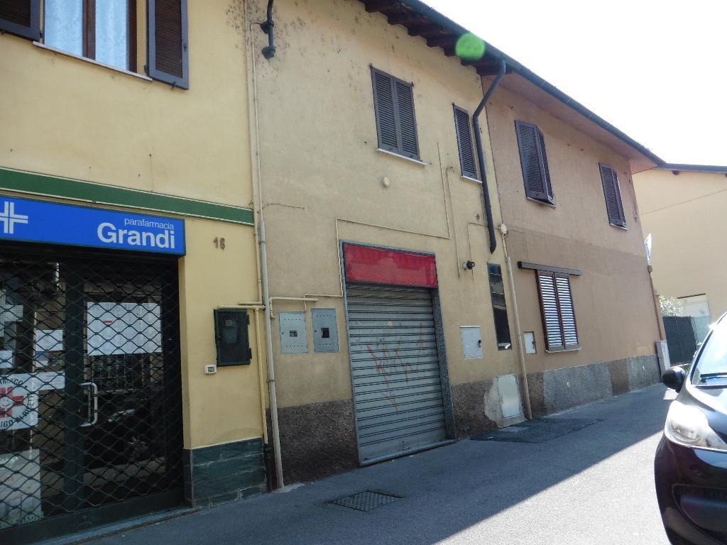 Negozio-locale in Vendita a Desio: 1 locali, 45 mq