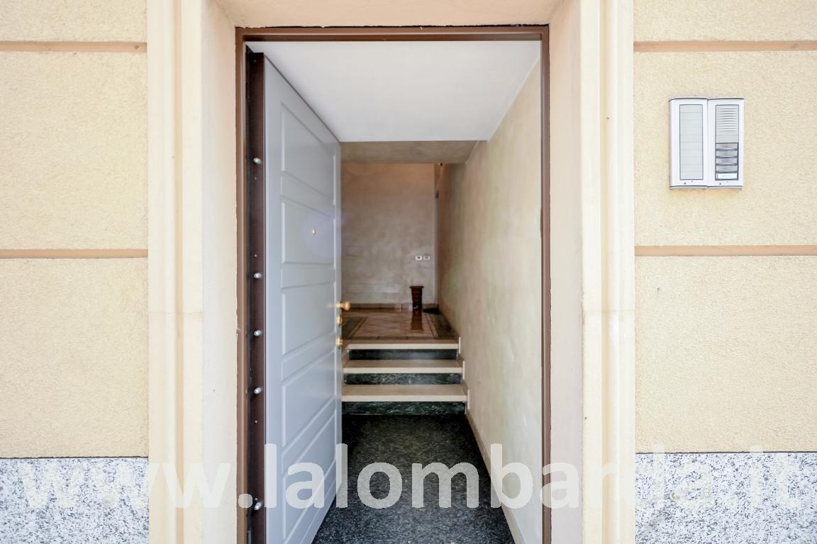 Appartamento in Vendita a Sovico: 2 locali, 50 mq