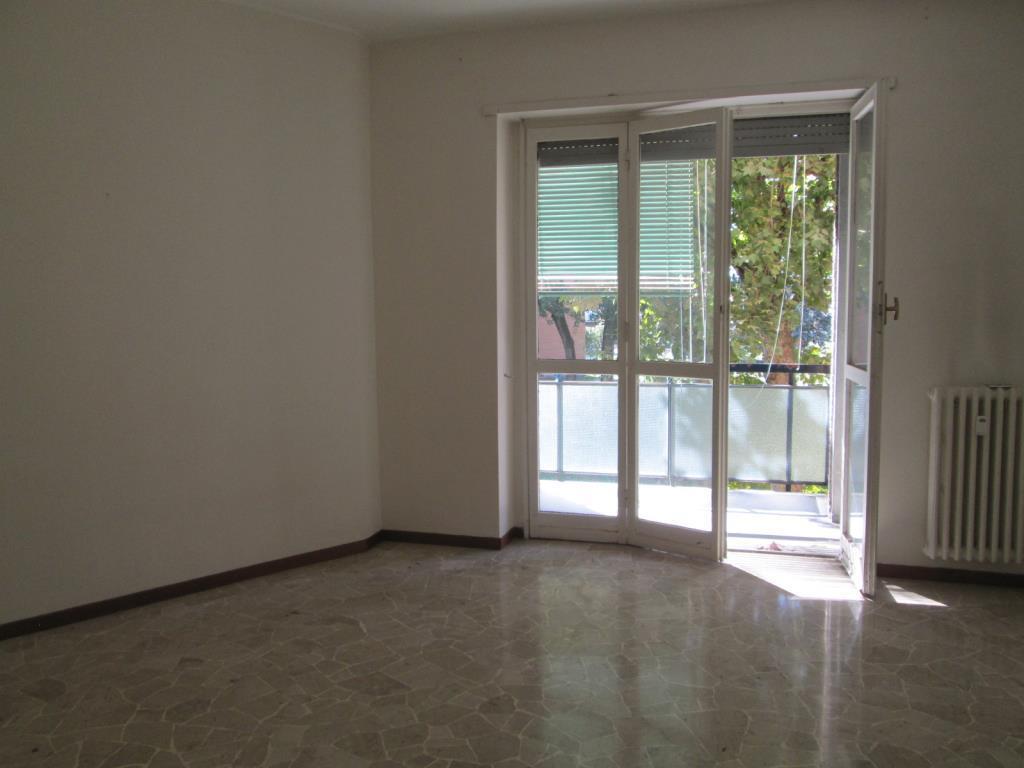 Appartamento in Affitto a Cesano Boscone: 3 locali, 92 mq