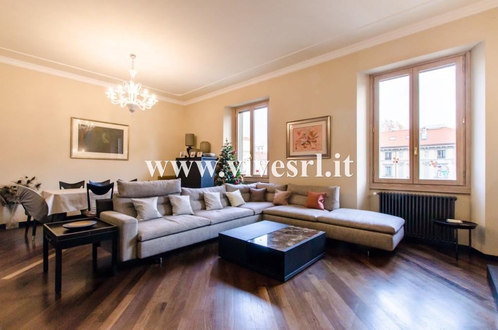 Appartamento in Vendita a Milano: 4 locali, 184 mq