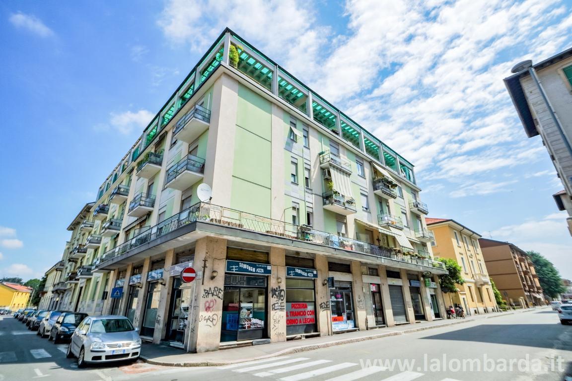 Appartamento in Vendita a Monza: 3 locali, 112 mq