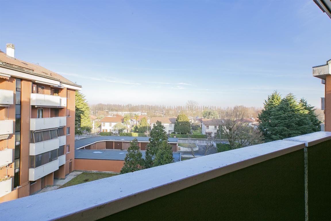 Appartamento in Vendita a Pantigliate: 4 locali, 120 mq