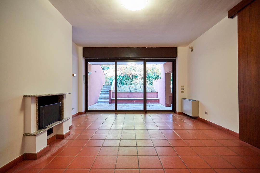 Villa in Affitto a Basiglio: 5 locali, 490 mq
