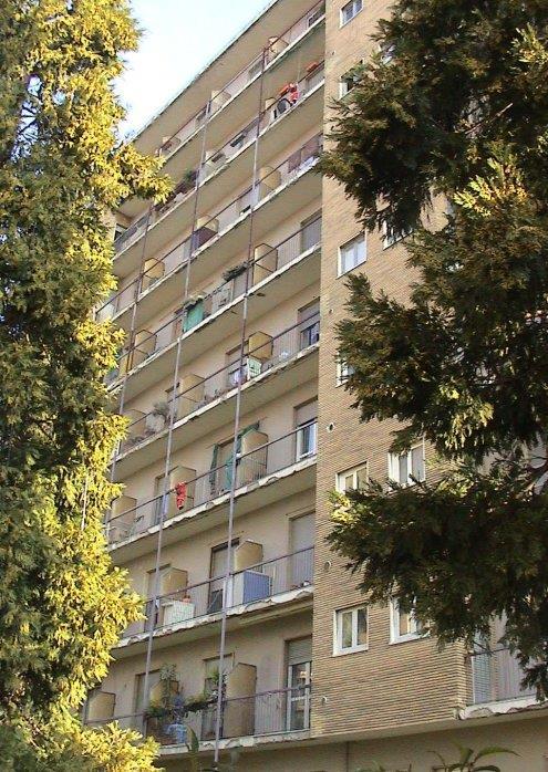 Ufficio-studio in Vendita a Rho: 1 locali, 200 mq