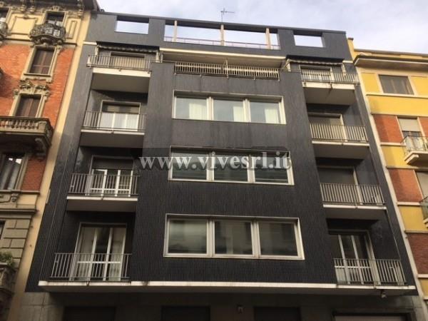 Appartamento in Vendita a Milano 10 Isola / Centrale / Gioia: 3 locali, 92 mq