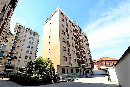 Appartamento in Affitto a Monza: 3 locali, 85 mq