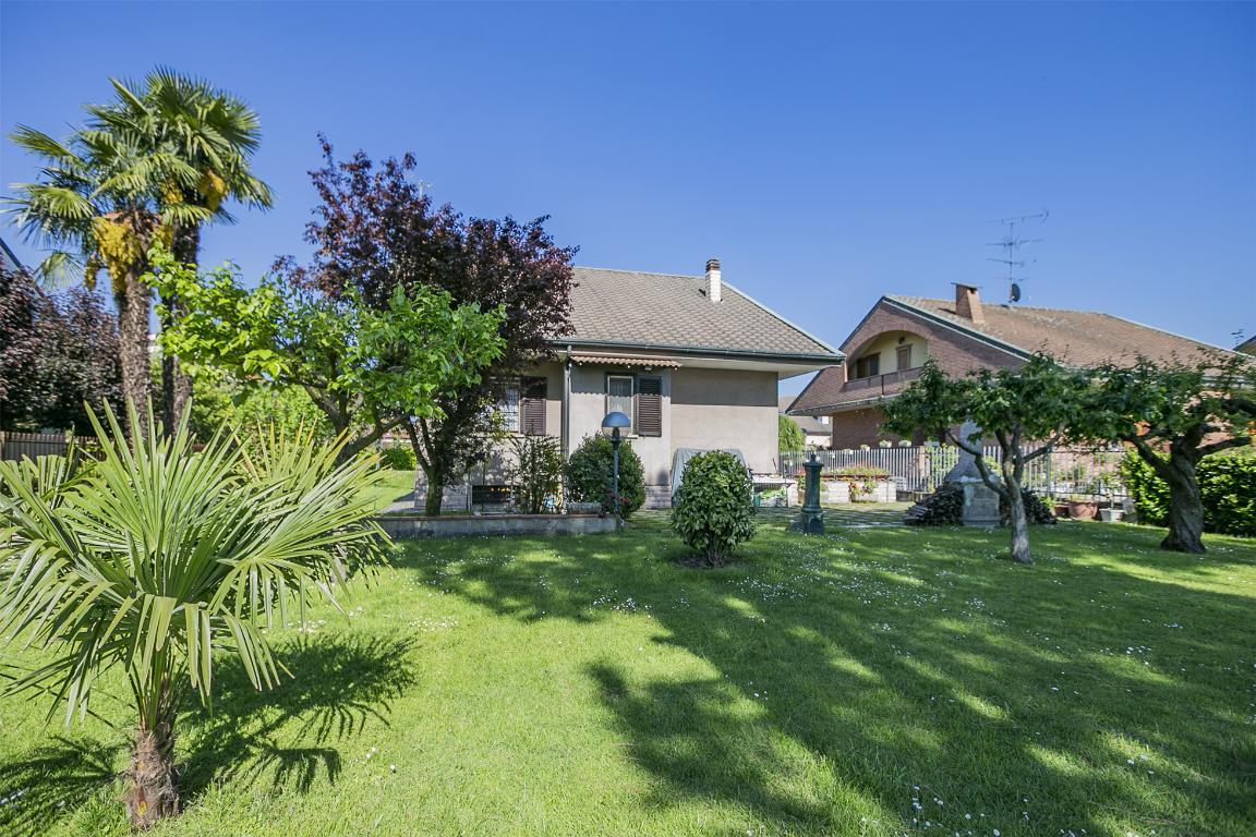 Villa in Vendita a San Giuliano Milanese:  5 locali, 300 mq  - Foto 1