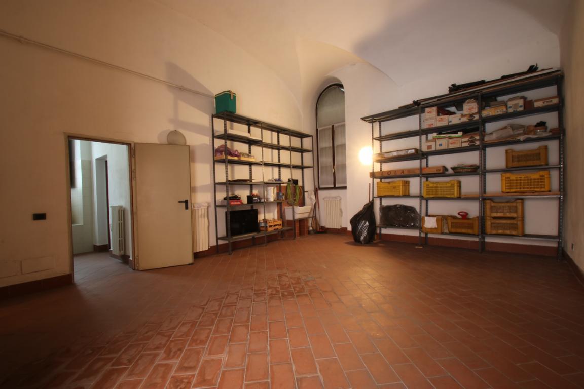 Appartamento in Vendita a Como: 4 locali, 272 mq - Foto 7